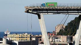تعداد قربانیان فرو ریختن پل بزرگراه در جنوا به ۳۵ نفر رسید