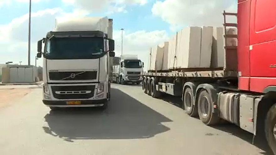 Gáza: Újra beindult az áruszállítás