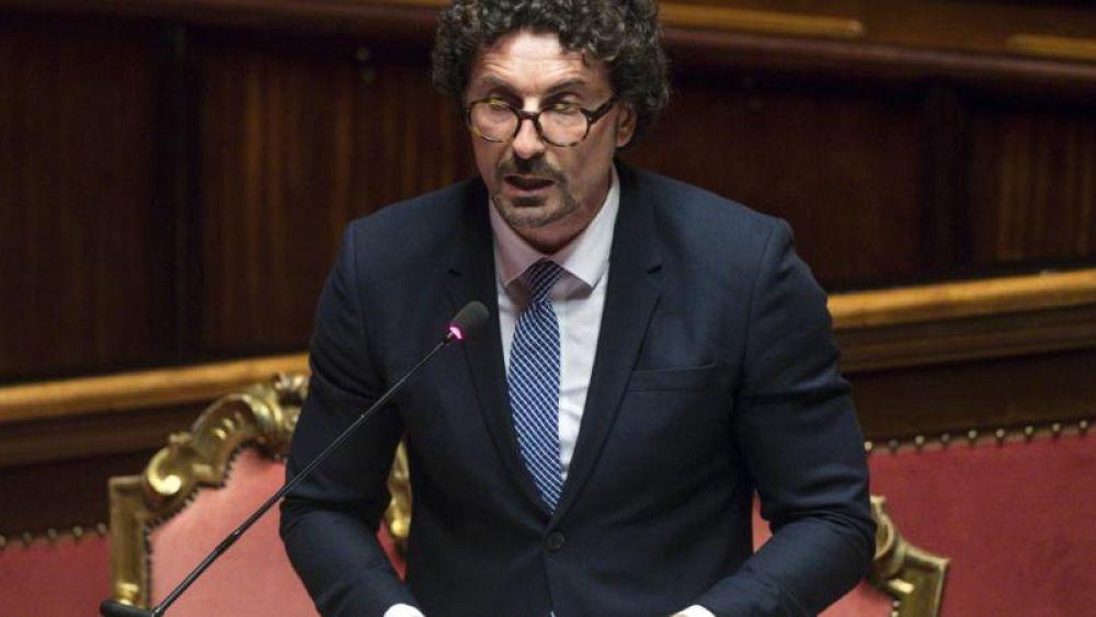 Italy says collapsed bridge's operator must help fund rebuild