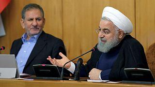 روحانی: گفتم قیمت ارز را پائین بیاورید تا مردم خرید کنند