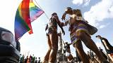 Almanya parlamentosu üçüncü bir cinsiyet tanımını kabul etti
