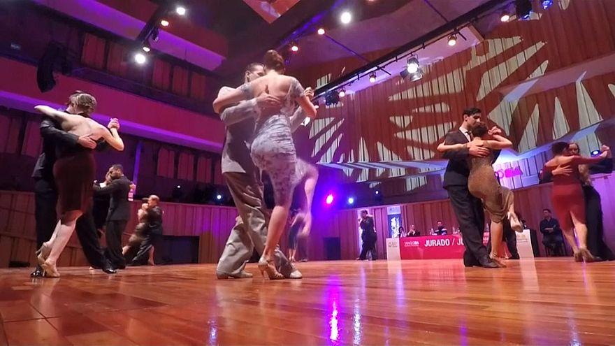 В Буэнос-Айресе стартовал чемпионта мира по танго