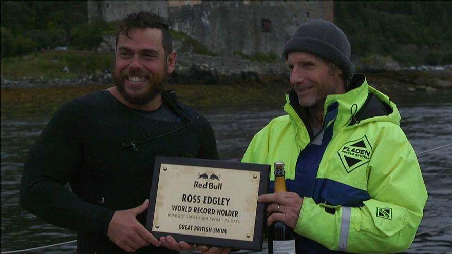 Ross Edgley bate el récord de natación en aguas abiertas