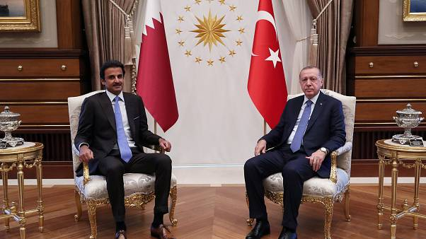 Qatar promete investimento de 15 mil milhões de dólares na Turquia