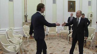 Zu Gast bei Freunden: Putins Hochzeitsbesuch in Österreich wirft Fragen auf