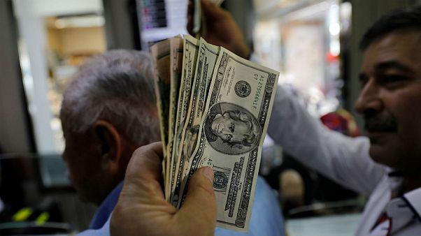 صعود نرخ ارز برخلاف دستور روحانی