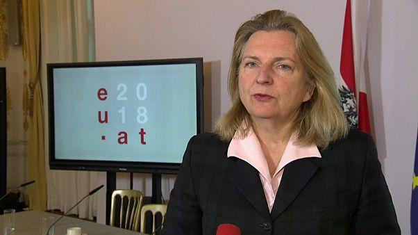 Глава МИДа Австрии Карин Кнайссль