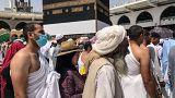 Yüz binlerce Müslüman Hac için Mekke'de buluştu