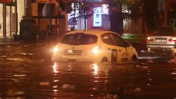 Hatalmas károkat okozott az esőzés Romániában és Ukrajnában