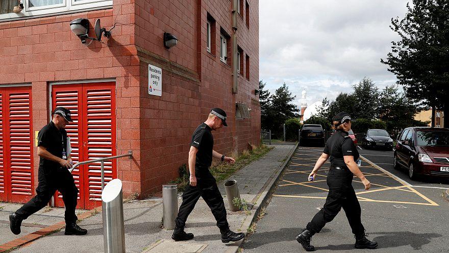 الشرطة البريطانية تحقق في الهجوم على مسجدين في برمنغهام