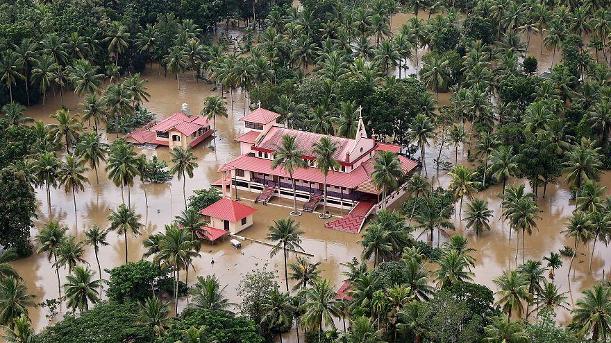 Наводнения в Керале: жертв всё больше