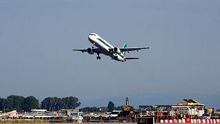 تغییر مسیر ۹ هواپیما در آمریکای جنوبی در پی تهدیدات مرتبط با بمبگذاری