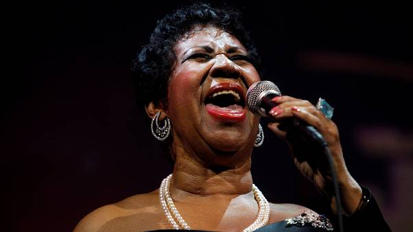 Singer Aretha Franklin performs at the Candie's Foundation 10th anniversary