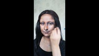 L'artiste maquilleuse aux mille visages