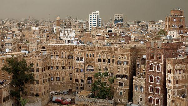 الأمم المتحدة تدعو الحكومة اليمنية والحوثيين لحضور محادثات سلام في جنيف