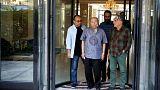 گزارش تصویری؛ حضور هنرمندان در خانه عزتالله انتظامی