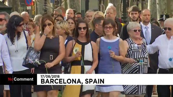 Barcelona recuerda a las víctimas de las Ramblas