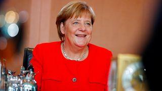 Başbakan Merkel, İstanbul'da Suriye toplantısı düzenlenmesine sıcak bakıyor