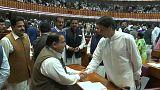 Imram Khan confirmado como primeiro-ministro paquistanês