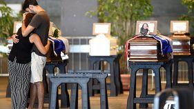 Genua: Zahl der Toten auf 41 gestiegen, erste Opfer beigesetzt