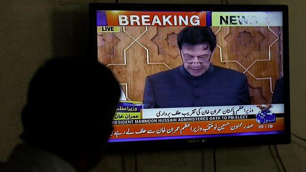 عمران خان با ادای سوگند، رسما نخست وزیر پاکستان شد