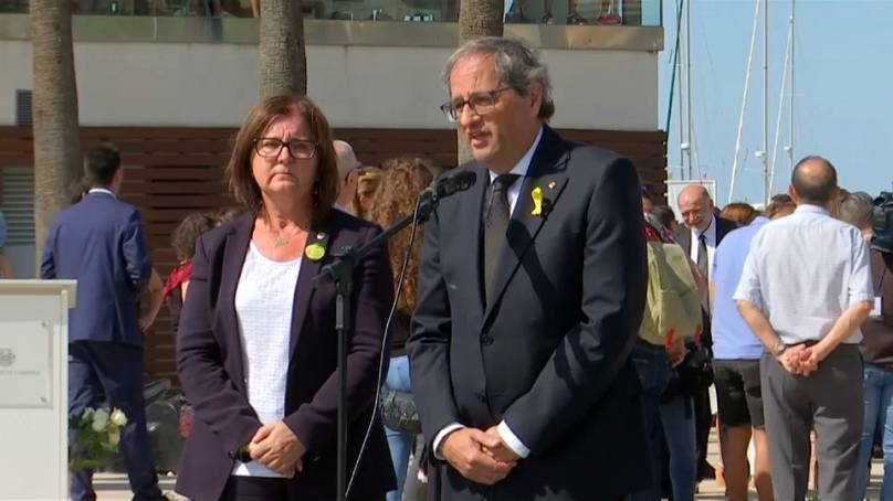 Barcellona commemora l'anniversario dell'attentato, polemiche contro il re