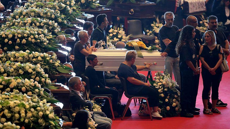 Завершились официальные похоронные мероприятия в Генуе