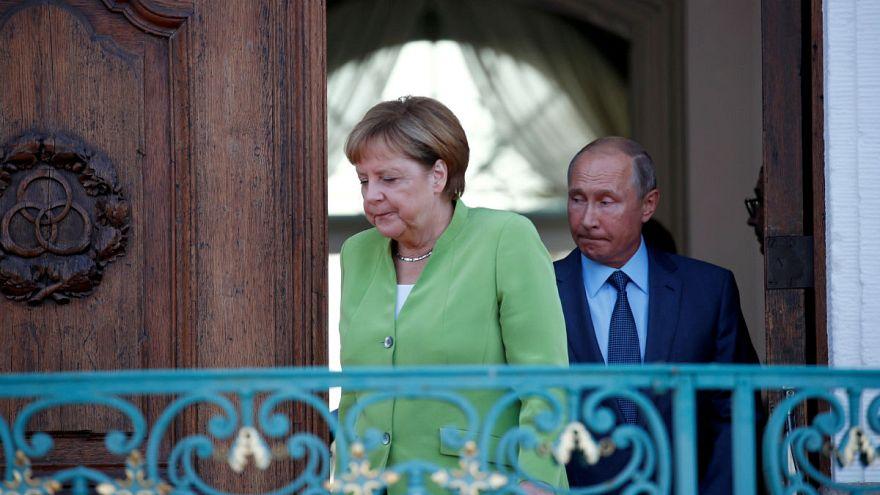 مرکل: آلمان به برجام پایبند اما نگران برنامه موشکی ایران است