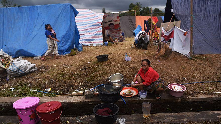 Endonezya'da yine deprem: Lombok adası 6,3'le sarsıldı