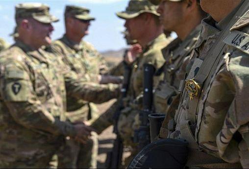 آمریکا نیروهای نظامی خود را در عراق نگه میدارد
