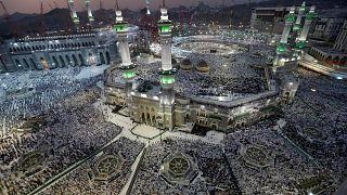 2 milyondan fazla Müslüman Hac için Mekke'de buluştu