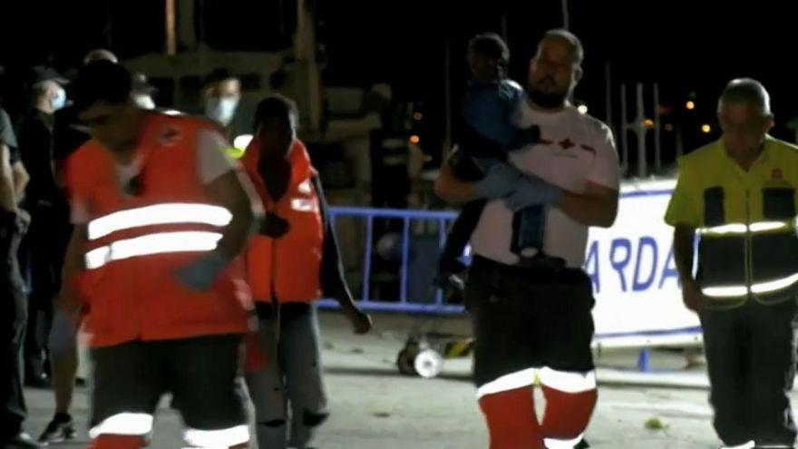Más de 2.000 inmigrantes llegan a España en una semana