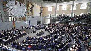 Almanya Türkiye'ye mali yardımda bulunmayı tartışıyor.