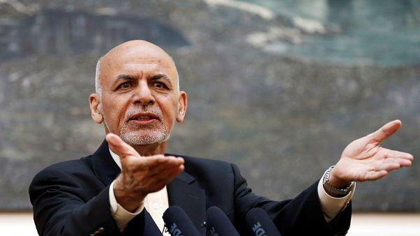 Afghanistans Präsident fordert Taliban zu Feuerpause auf