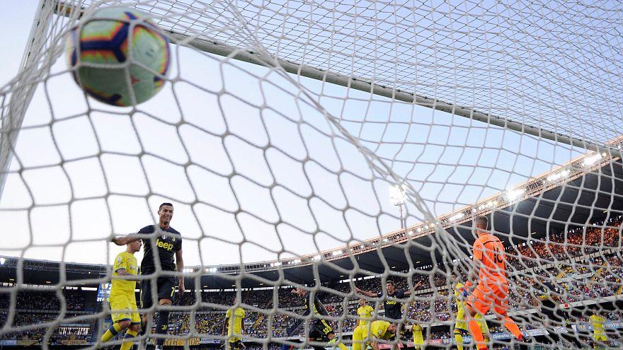 Ronaldo Juventus'taki ilk maçında rakip kalecinin burnunu kırdı