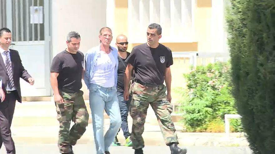 قبرص تسلّم مصر متهما باختطاف طائرة