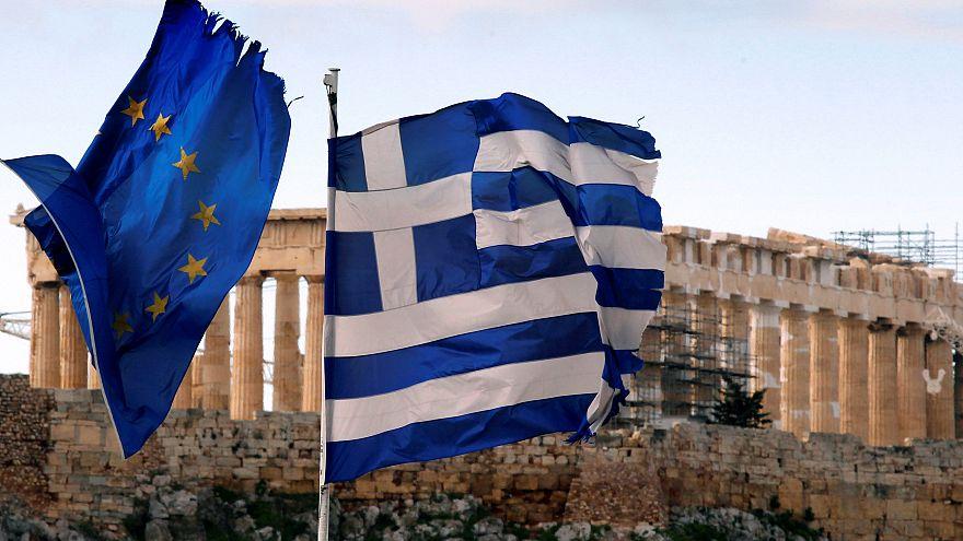 Grécia termina programa de assistência financeira