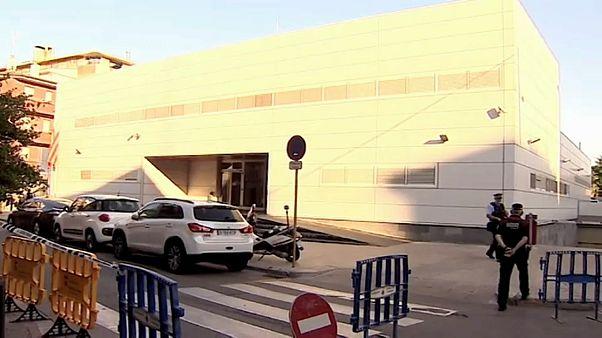 Abatido homem que tentou efetuar ataque em esquadra da Catalunha
