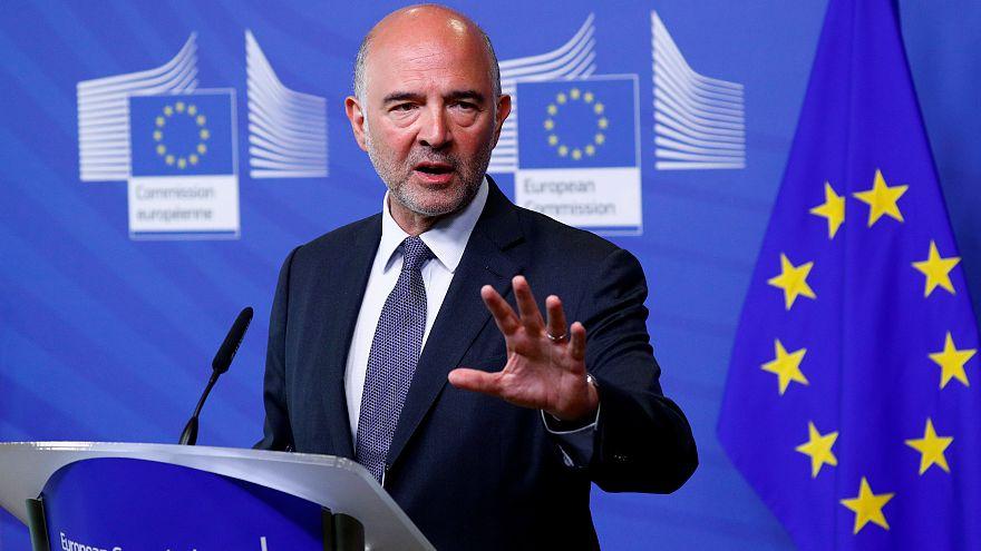 """Moscovici reconoce que """"hubo errores"""" en el rescate griego"""