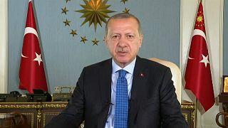 Ερντογάν: «Επίθεση στην οικονομία είναι επίθεση στη σημαία»