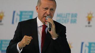 """Erdogan: """"Sie wollen die Türken in die Knie zwingen"""""""