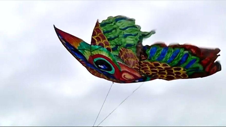 Festival Internacional de Papagaios de Papel no Sri Lanka
