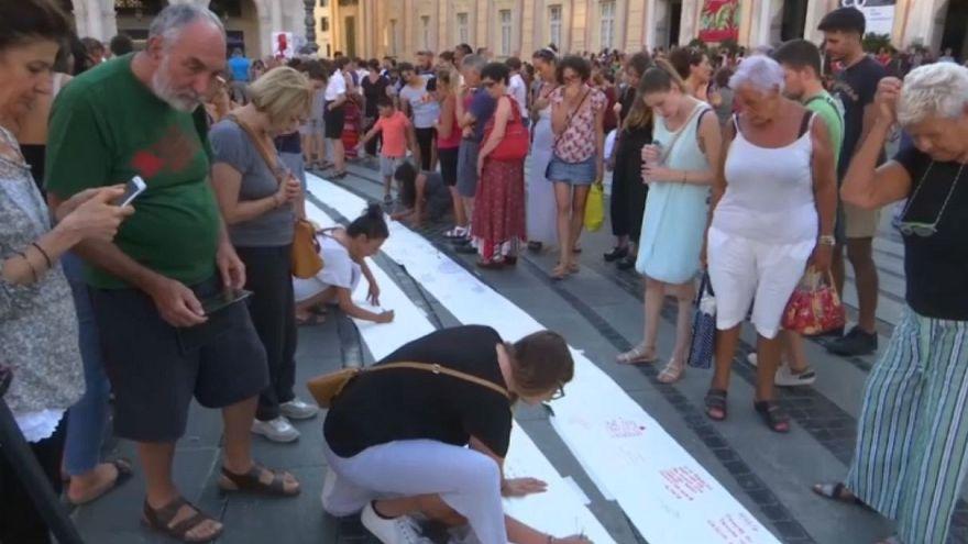 """""""Ponte 16100"""": гнев и боль на бумаге"""