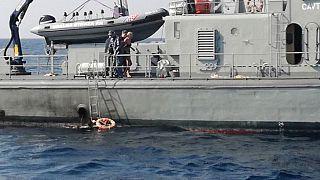 زنی از کشتی تفریحی به دریا افتاد