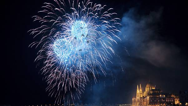 Látványos tűzijátékkal zárult az ünnep