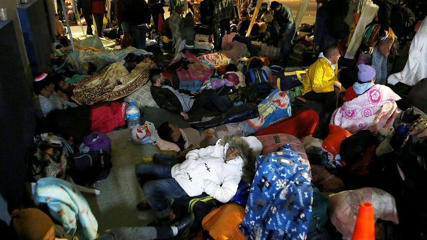 Venezuela: esodi di massa, scontri al confine col Brasile