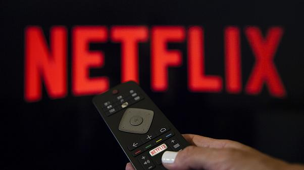 Netflix izleyicisini kızdırmak istiyorsanız onlara reklam izletin