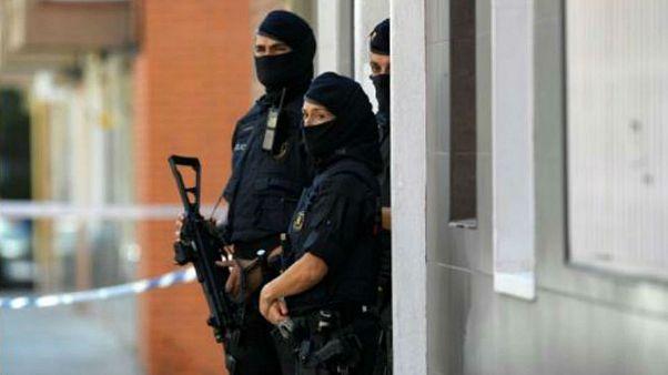 پلیس اسپانیا: حمله با چاقو در نزدیکی بارسلون اقدامی تروریستی است