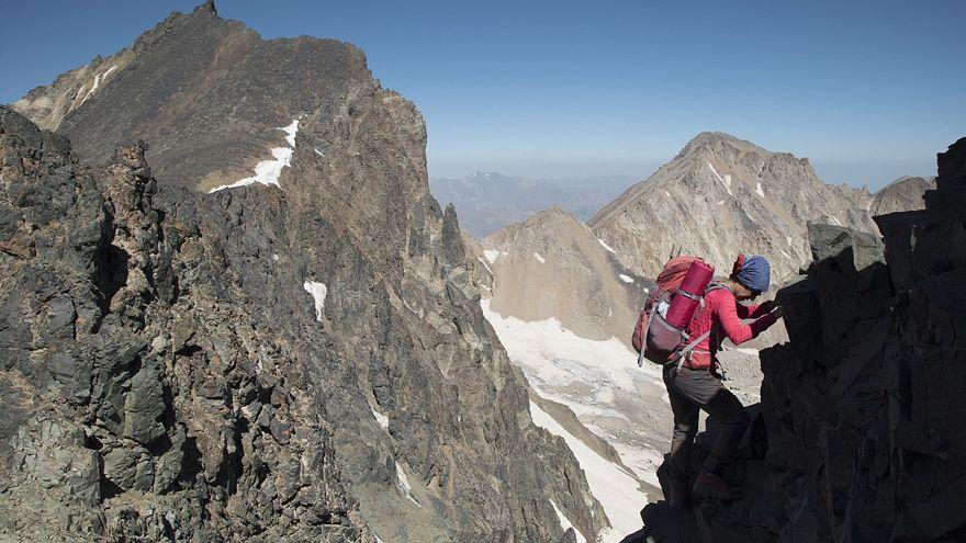 قیمت ارز؛ آیا کوهنوردان مستقل با صعودهای برون مرزی خداحافظی میکنند؟