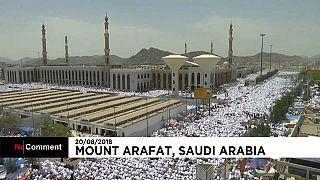Más de dos millones de peregrinos suben al monte Arafat, en La Meca